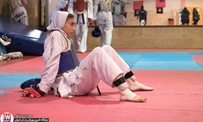 ناهید کیانی در تمرین تیم ملی تکواندوی بانوان پیش از اعزام به مسابقات جهانی منچستر 400x240 یونیورسیاد جهانی 2019 ایتالیا| حذف ناهید کیانی در یک شانزدهم نهایی تکواندو