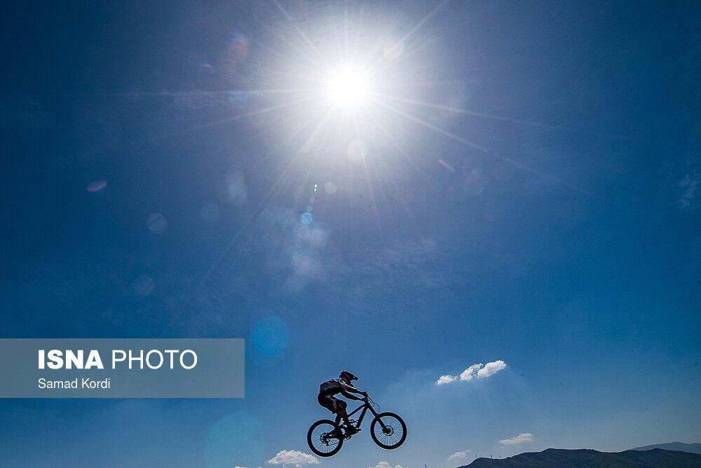57872212 1000x668 تصاویر لیگ دوچرخه سواری دانهیل و کراس کانتری بانوان در باغستان