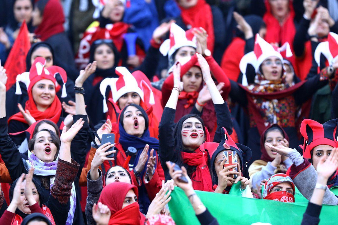 ورود زنان به ورزشگاه، شاید از مقدماتی جامجهانی؛ نامه مهم فیفا به ایران
