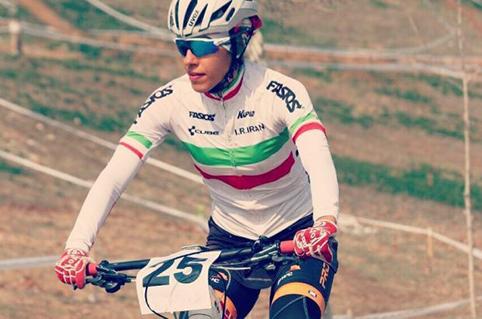 partoazar Mtb captan national team M copy دوچرخه سواری کوهستان بانوان کشور| مقام نخست به فرانک پرتوآذر رسید