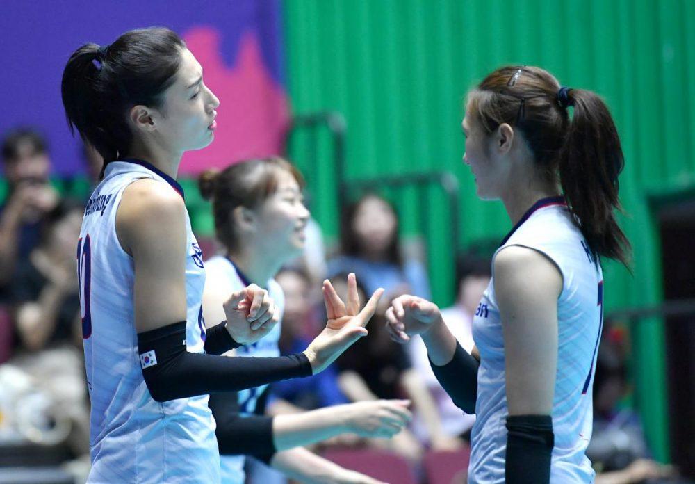 تصاویر دیدار تیم های ملی والیبال بانوان ایران و کره جنوبی 11 1000x696 گزارش تصویری دیدار والیبال بانوان ایران و کره جنوبی