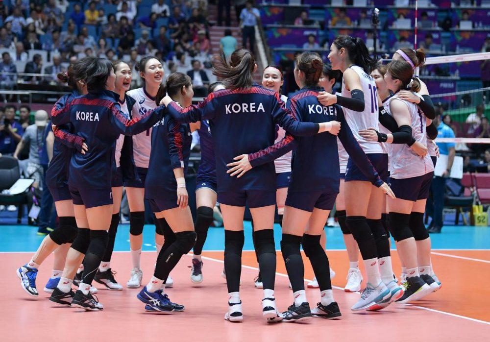 تصاویر دیدار تیم های ملی والیبال بانوان ایران و کره جنوبی 18 1000x698 گزارش تصویری دیدار والیبال بانوان ایران و کره جنوبی