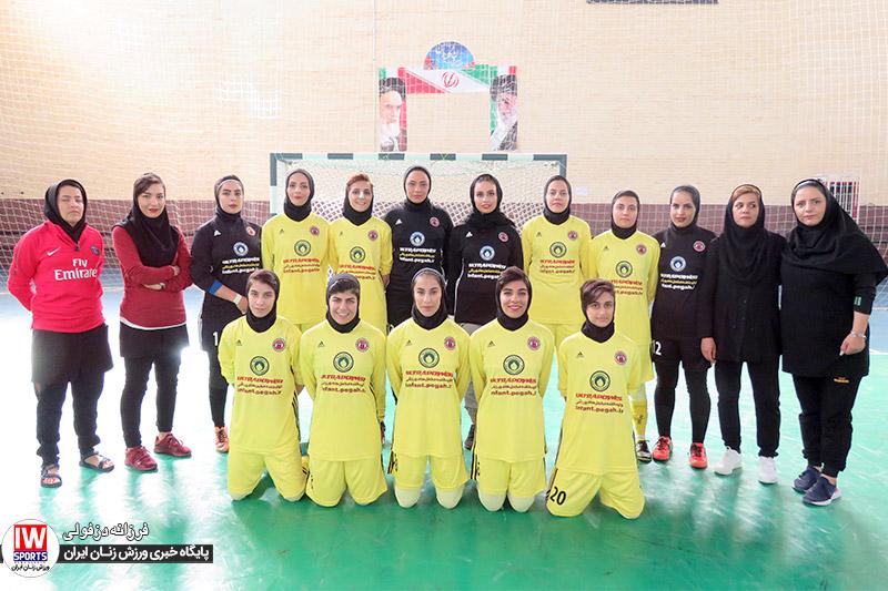 تیم فوتسال دریژنو فرخ شهر زهره صابری : نمیدانم مشکل داوران با دریژنو چیست | بین دریژنو و تیمهای دیگر فرق میگذارند