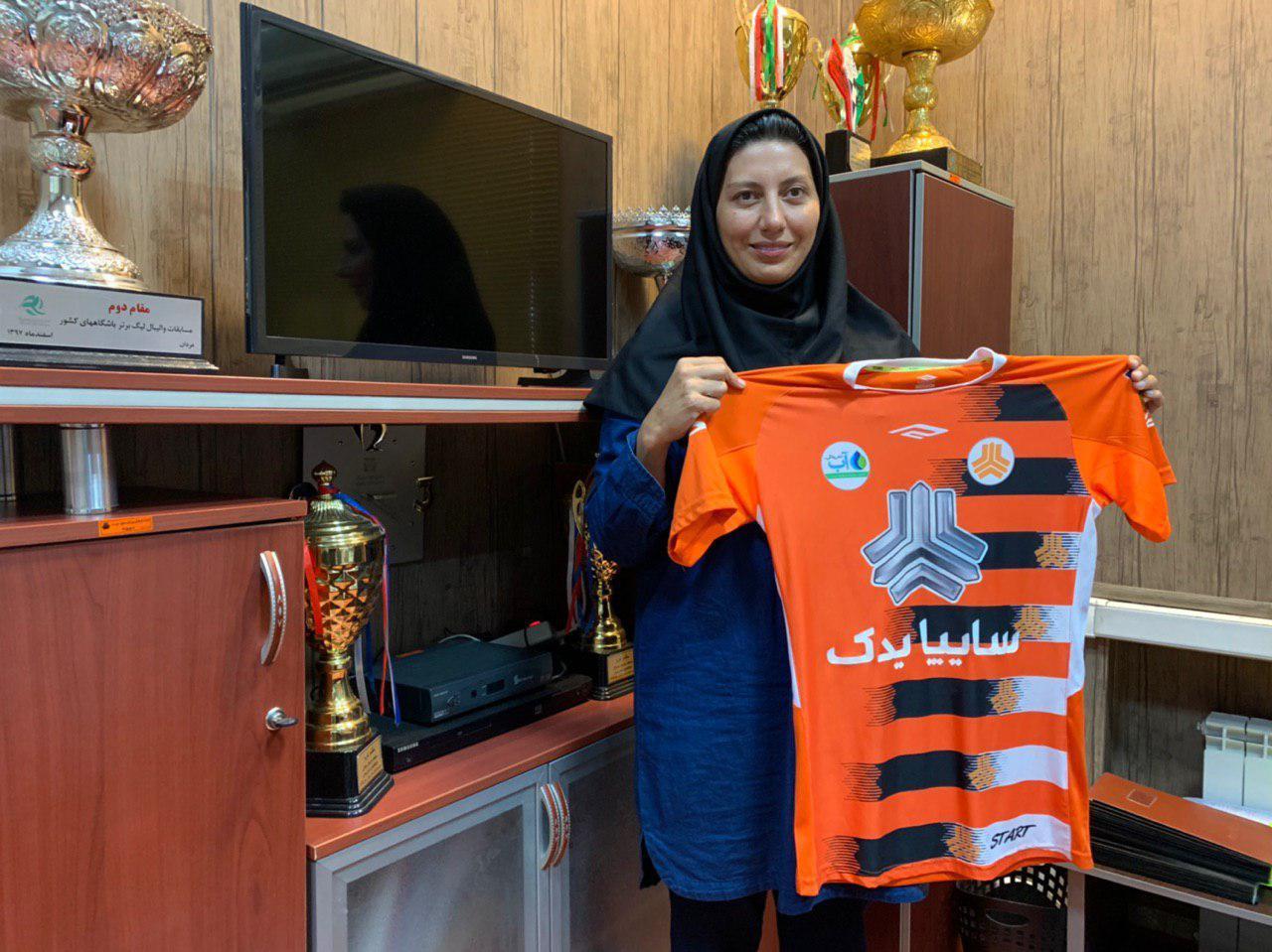 موضعگیری مریم هاشمی برابر شعبانیان | بازیکن ملی برای بانک سرمایه خوب بود برای ما بد است!