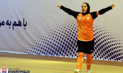 هفته اول لیگ برتر فوتسال بانوان سایپا 3 مس رفسنجان 2 گلزنی فرشته کریمی 400x240 احساس مسئولیت نارنجی در قبال ورزش زنان؛ سایپا الگوسازی می کند