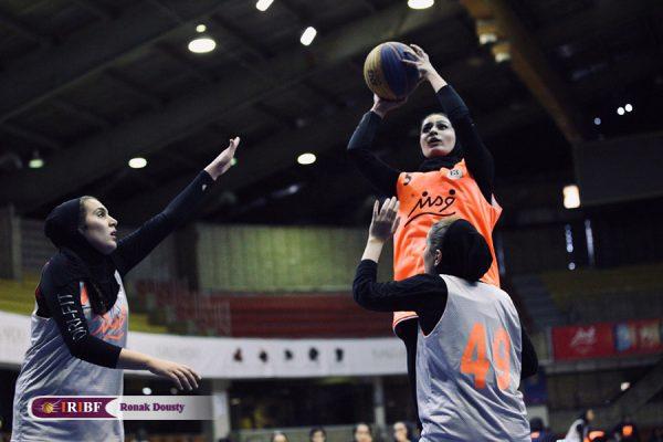 10 copy4 600x400 گزارش تصویری| رقابت های بسکتبال سه نفره بانوان در تالار بسکتبال آزادی