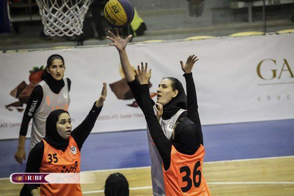 12 copy5 600x400 گزارش تصویری| رقابت های بسکتبال سه نفره بانوان در تالار بسکتبال آزادی