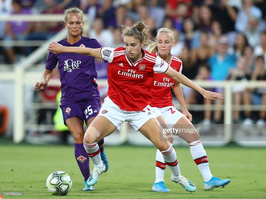 آرسنال فیورنتینا فوتبال زنان لیگ قهرمانان اروپا 2 933x700 گزارش تصویری | دیدار تیمهای آرسنال و فیورنتینا در لیگ قهرمانان زنان
