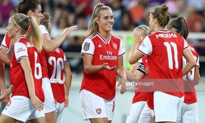 آرسنال فیورنتینا فوتبال زنان لیگ قهرمانان اروپا 4 400x240 گزارش تصویری | دیدار تیمهای آرسنال و فیورنتینا در لیگ قهرمانان زنان