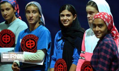 تنیس بین المللی آپت مهتا خانلو درسا چراغی ملینا مهرانی مشکات الزهرا صفی 2 400x240 دختران آینده دار تنیس ایران در یک قاب (عکس)