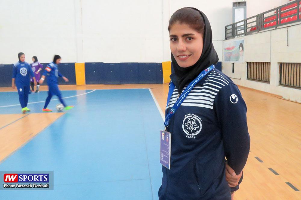 سرمربی تیم پویندگان فجر شیراز پس از پیروزی بر شهروند : خستگی راه کارمان را سخت کرد