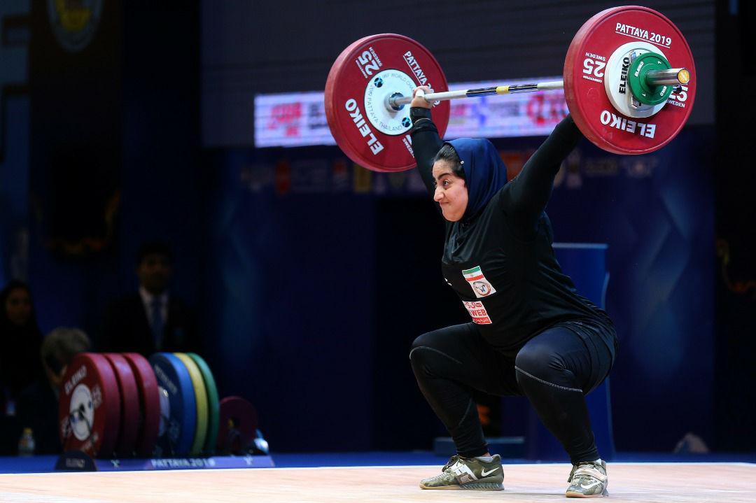 آغاز مسابقات الهام حسینی و پریسان جهان فکریان در تورنمنت وزنه برداری قطر