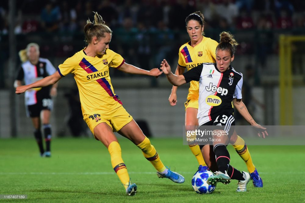 یوونتوس بارسلونا فوتبال زنان لیگ قهرمانان اروپا 3 1000x665 گزارش تصویری   دیدار تیمهای یوونتوس و بارسلونا در لیگ قهرمانان زنان