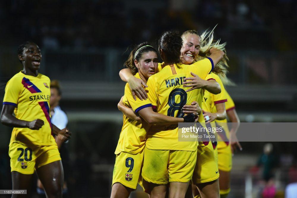 یوونتوس بارسلونا فوتبال زنان لیگ قهرمانان اروپا 5 1000x667 گزارش تصویری | دیدار تیمهای یوونتوس و بارسلونا در لیگ قهرمانان زنان