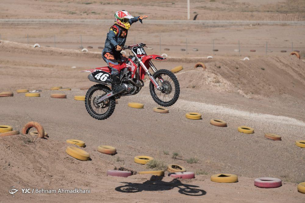 دومین دوره مسابقات موتور کراس بانوان کشور 37 1000x667 گزارش تصویری | دومین دوره مسابقات موتور کراس بانوان کشور