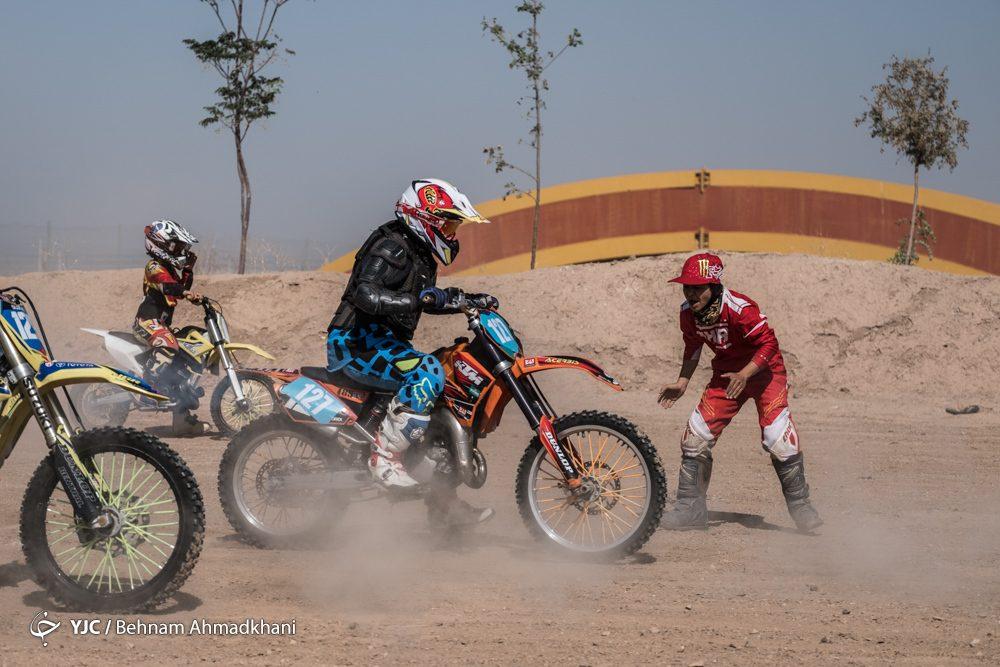 دومین دوره مسابقات موتور کراس بانوان کشور 40 1000x667 گزارش تصویری | دومین دوره مسابقات موتور کراس بانوان کشور