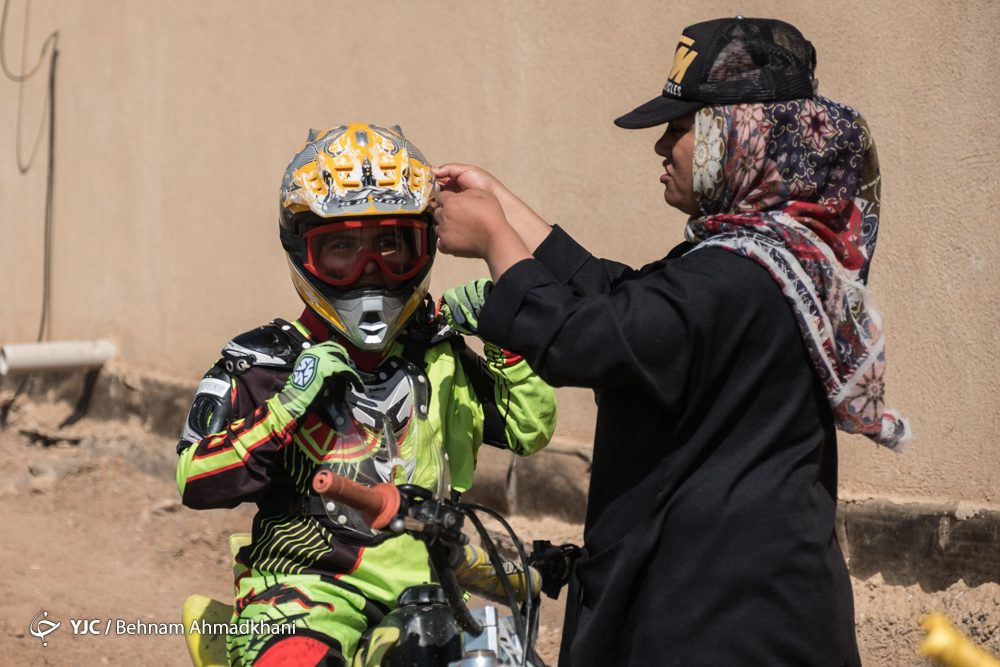 دومین دوره مسابقات موتور کراس بانوان کشور 50 1000x667 گزارش تصویری | دومین دوره مسابقات موتور کراس بانوان کشور