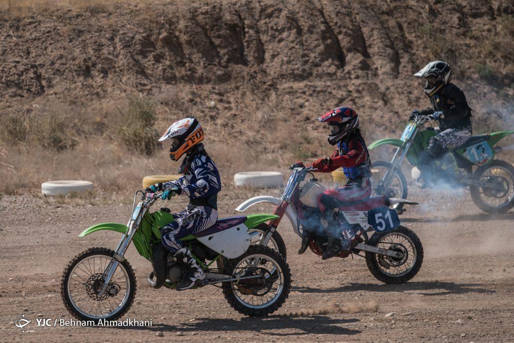 دومین دوره مسابقات موتور کراس بانوان کشور 51 1000x667 گزارش تصویری | دومین دوره مسابقات موتور کراس بانوان کشور