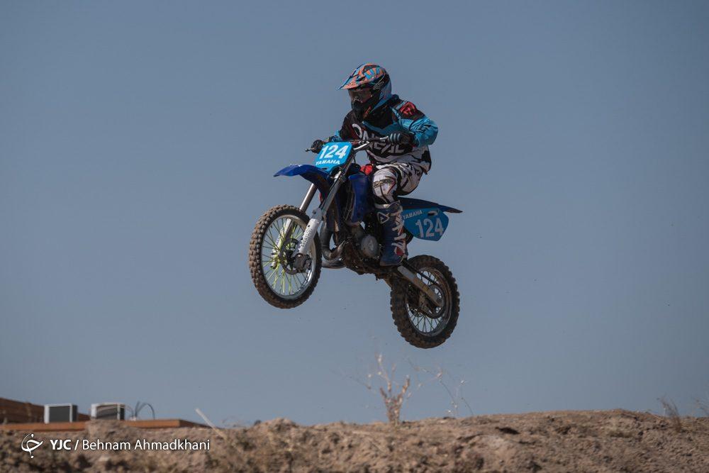 دومین دوره مسابقات موتور کراس بانوان کشور 54 1000x667 گزارش تصویری | دومین دوره مسابقات موتور کراس بانوان کشور