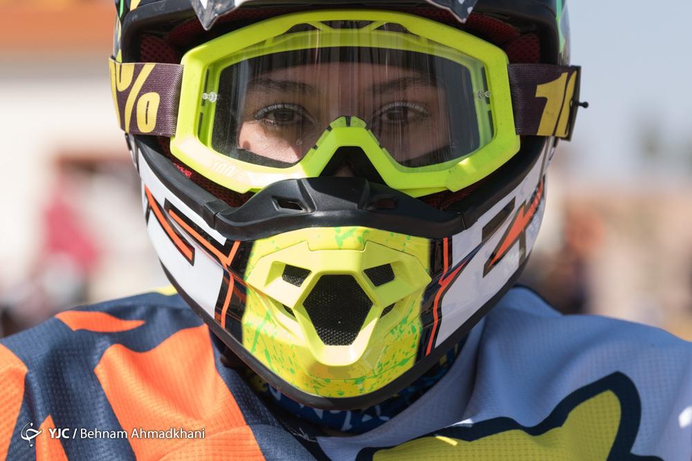 گزارش تصویری | دومین دوره مسابقات موتور کراس بانوان کشور
