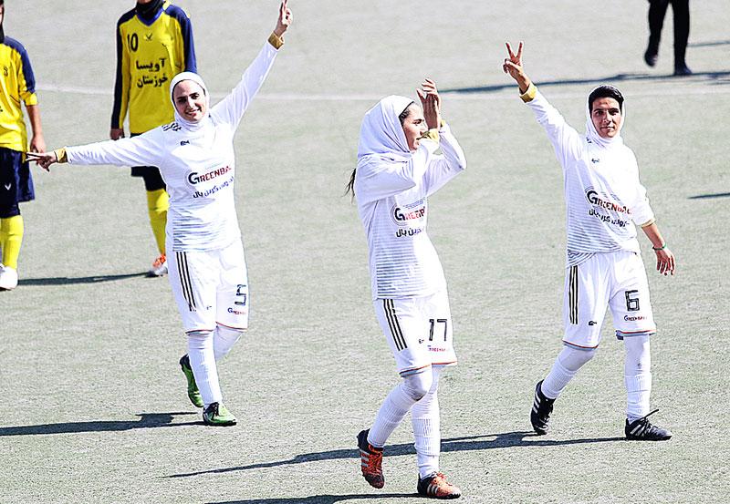 هفته پنجم لیگ برتر فوتبال | کامبک سپاهان، پیروزی قاطع بم و اولین برد ملوان انزلی