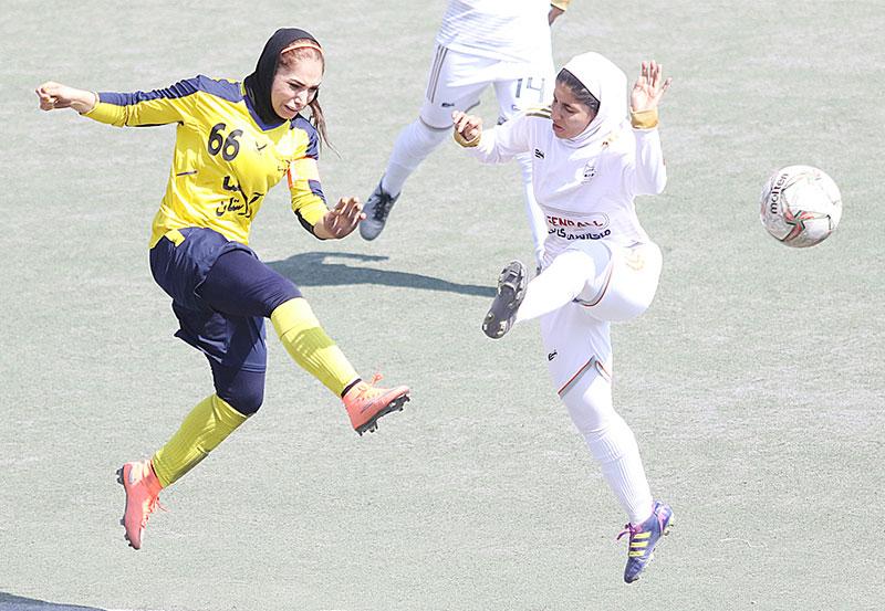 هفته سوم لیگ برتر فوتبال | پیروزیهای یک طرفه بم، سیرجان و سپاهان؛ امان از شکاف طبقاتی