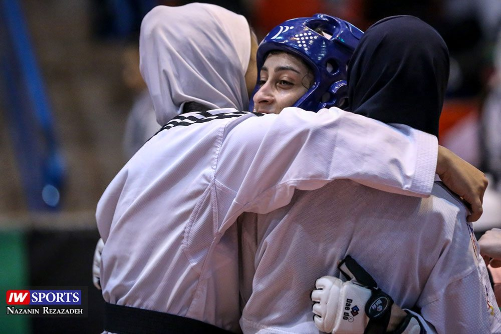 هفته اول و دوم لیگ تکواندو بانوان Iran Womens Taekwondo K League 8 1000x667 گزارش تصویری | هفته اول و دوم لیگ تکواندوی بانوان جام کوثر