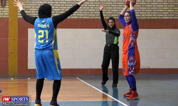آویژه صنعت پارسای مشهد و خانه بسکتبال هرمزگان در لیگ برتر بسکتبال بانوان 590x354 پیروزی آویژه صنعت مشهد برابر خانه بسکتبال کردستان در لیگ بسکتبال