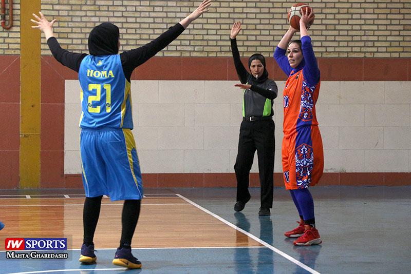 پیروزی آویژه صنعت مشهد برابر خانه بسکتبال کردستان در لیگ بسکتبال