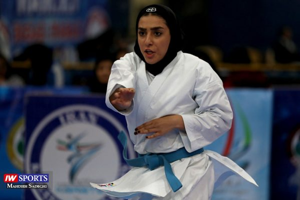 فاطمه صادقی در سوپر لیگ کاراته بانوان 4 599x400 گزارش تصویری | نمایش فاطمه صادقی در هفته نخست سوپر لیگ کاراته