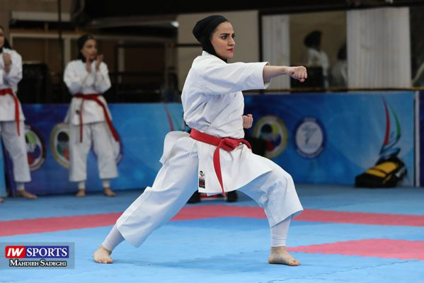 مهسا افسانه در سوپر لیگ کاراته بانوان 4 599x400 گزارش تصویری   همراه با مهسا افسانه در آغاز سوپر لیگ کاراته