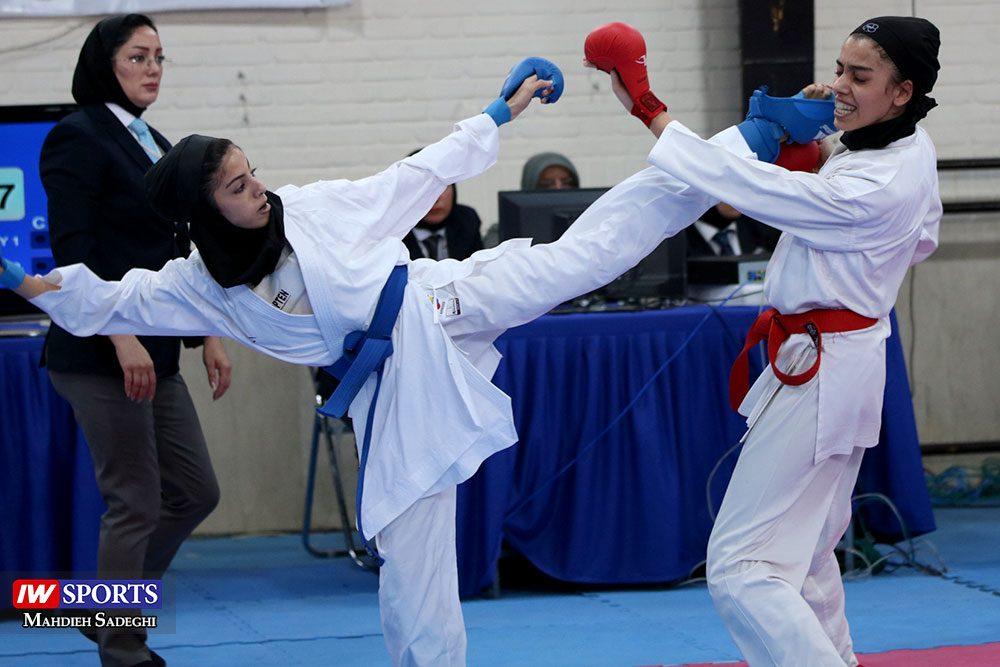 هفته اول لیگ برتر کاراته 10 1000x667 گزارش تصویری   هفته اول لیگ برتر کاراته بانوان در سالن شهید کبگانیان