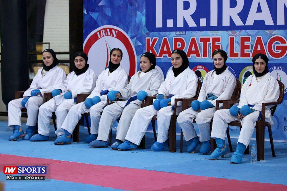 هفته اول لیگ برتر کاراته 12 1000x667 گزارش تصویری   هفته اول لیگ برتر کاراته بانوان در سالن شهید کبگانیان