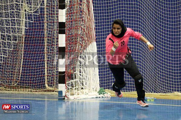 هفته سوم لیگ برتر هندبال بانوان دیدار کیش ایر و تاسیسات دریایی 22 599x400 گزارش تصویری | دیدار کیش ایر و تاسیسات دریایی در لیگ برتر هندبال بانوان
