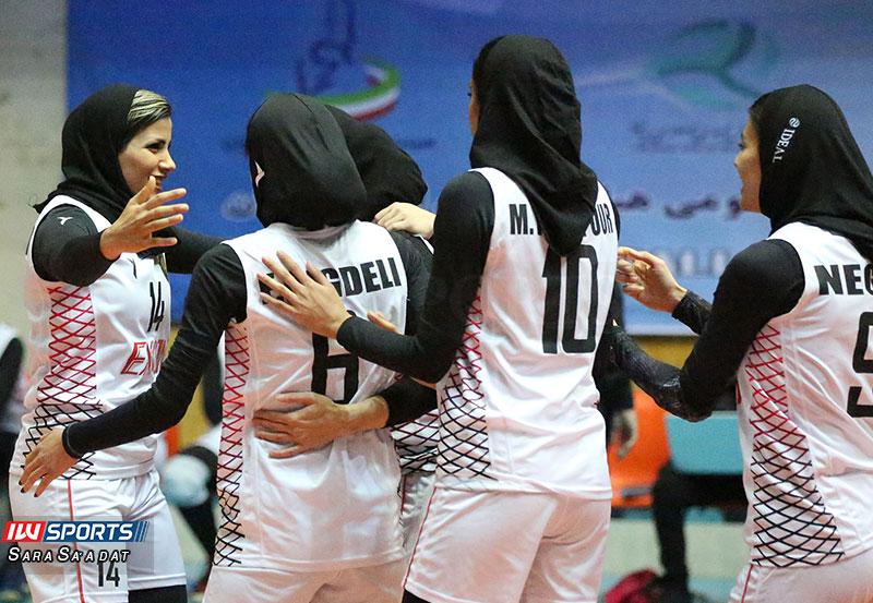 تیم والیبال اکسون تهران گزارش تصویری | دیدار اکسون و ذوب آهن در هفته چهارم لیگ برتر والیبال بانوان