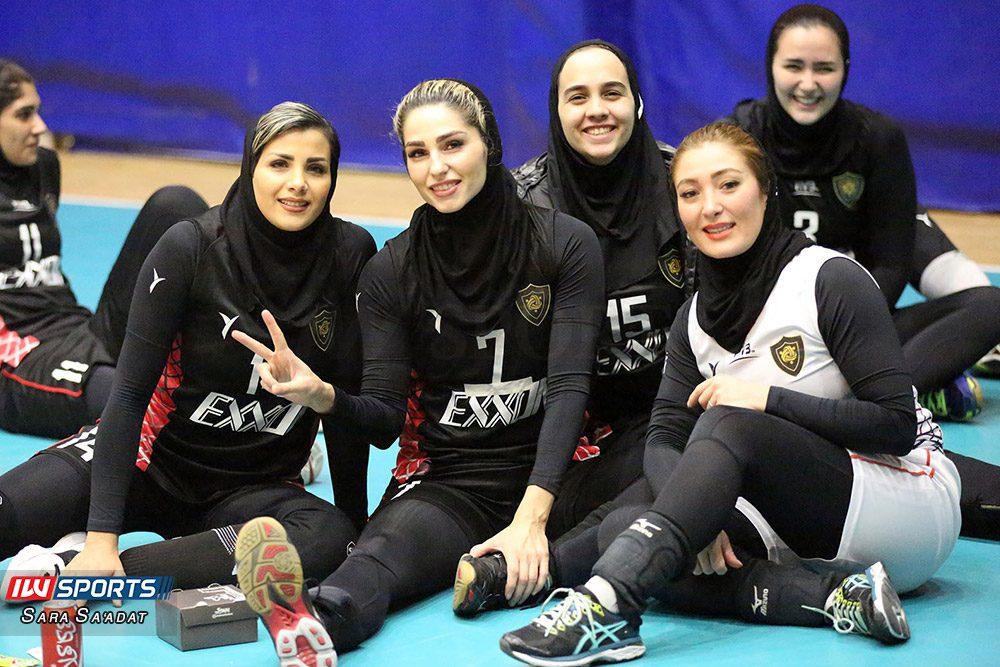دیدار اطلس و اکسون تهران در لیگ برتر والیبال بانوان 6 1000x667 گزارش تصویری   دیدار تیمهای اطلس و اکسون در لیگ برتر والیبال بانوان