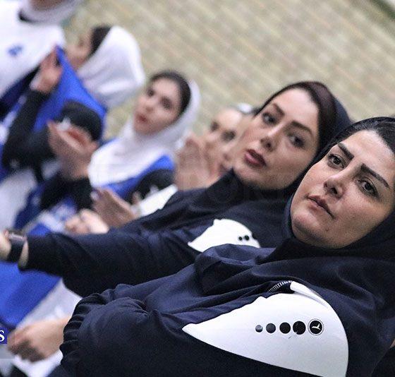 دیدار شهرداری قزوین و باریج اسانس کاشان در لیگ برتر والیبال بانوان 31 560x534 بومیها در شهرداری قزوین آیندهای دارند؟