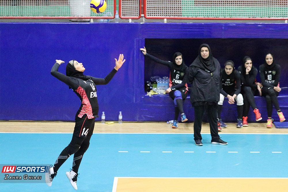 دیدار والیبال بانوان اطلس و اکسون در لیگ والیبال زنان 3 1000x667 گزارش تصویری   دیدار تیمهای اطلس و اکسون در لیگ برتر والیبال بانوان