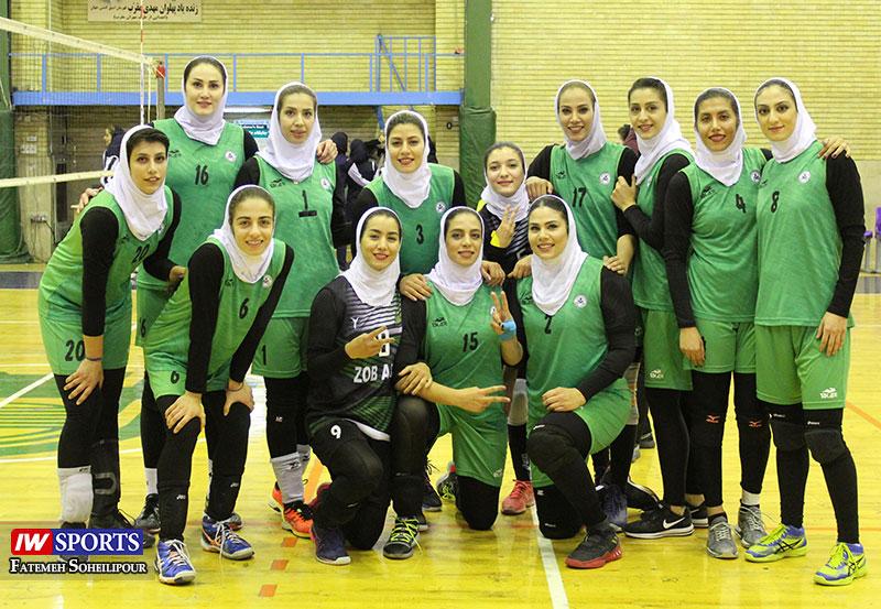 دیدار تیمهای ذوب آهن اصفهان و ستارگان شیراز در لیگ برتر والیبال به روایت تصویر