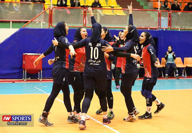 لیگ برتر والیبال بانوان سایپا و هلدینگ اطلس تهران 35 گزارش تصویری | دیدار اطلس و سایپا در هفته سوم لیگ برتر والیبال بانوان (1)