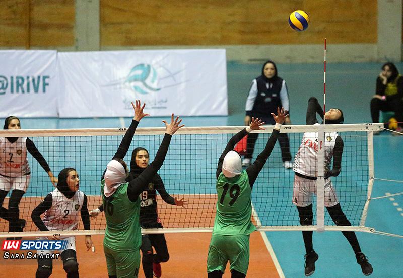 لیگ برتر والیبال بانوان کشور اکسون و ذوب آهن اصفهان گزارش تصویری | دیدار اکسون و ذوب آهن در هفته چهارم لیگ برتر والیبال بانوان