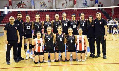 مائده برهانی در ترکیب تیم سامسون اسپور ترکیه 400x240 مائده برهانی ؛ دومین بازیکن امتیازآور لیگ والیبال زنان ترکیه