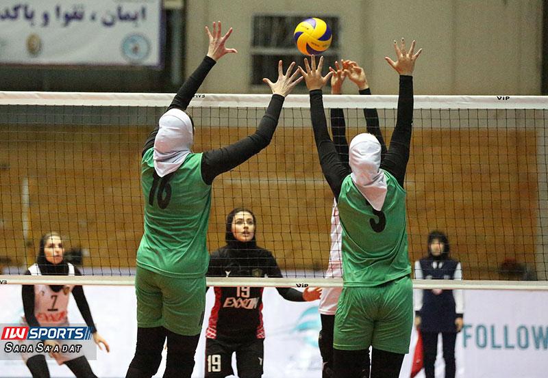 والیبال بانوان ذوب آهن و اکسون در تهران گزارش تصویری | دیدار اکسون و ذوب آهن در هفته چهارم لیگ برتر والیبال بانوان