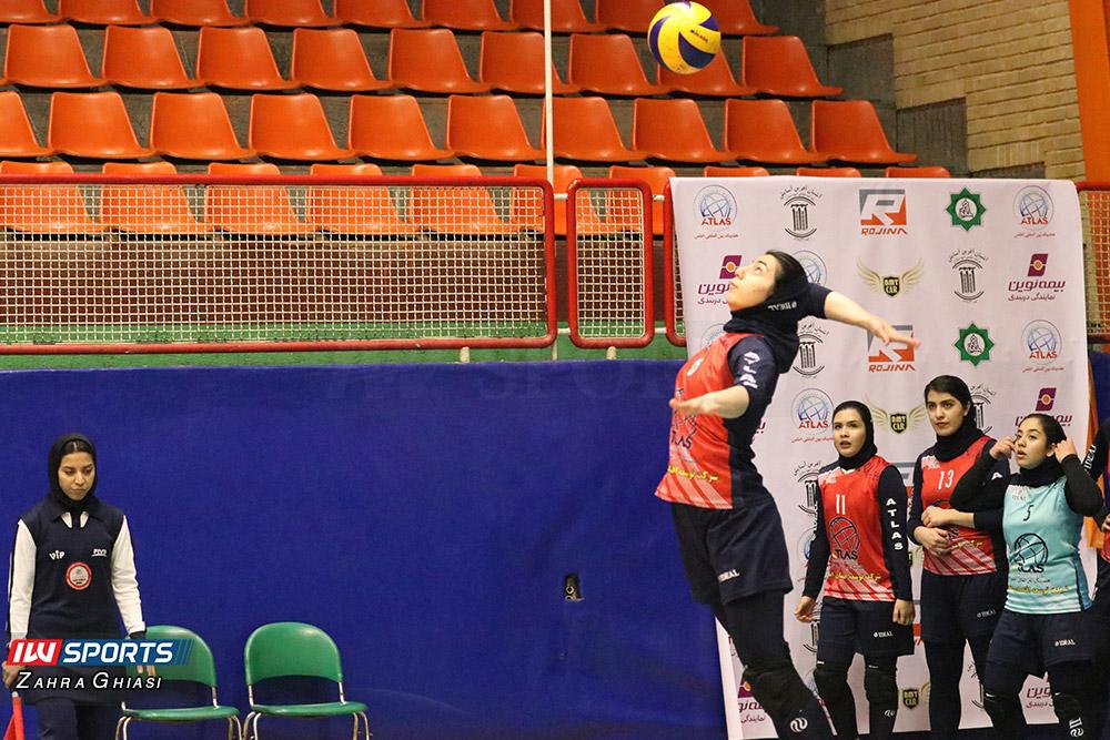اطلس و ذوب آهن اصفهان در لیگ برتر والیبال بانوان 23 گزارش تصویری   دیدار تیمهای اطلس و ذوب آهن در لیگ برتر والیبال بانوان