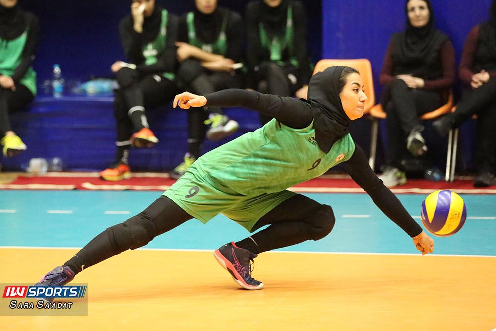 اطلس و ذوب آهن اصفهان در لیگ برتر والیبال بانوان 7 گزارش تصویری   دیدار تیمهای اطلس و ذوب آهن در لیگ برتر والیبال بانوان
