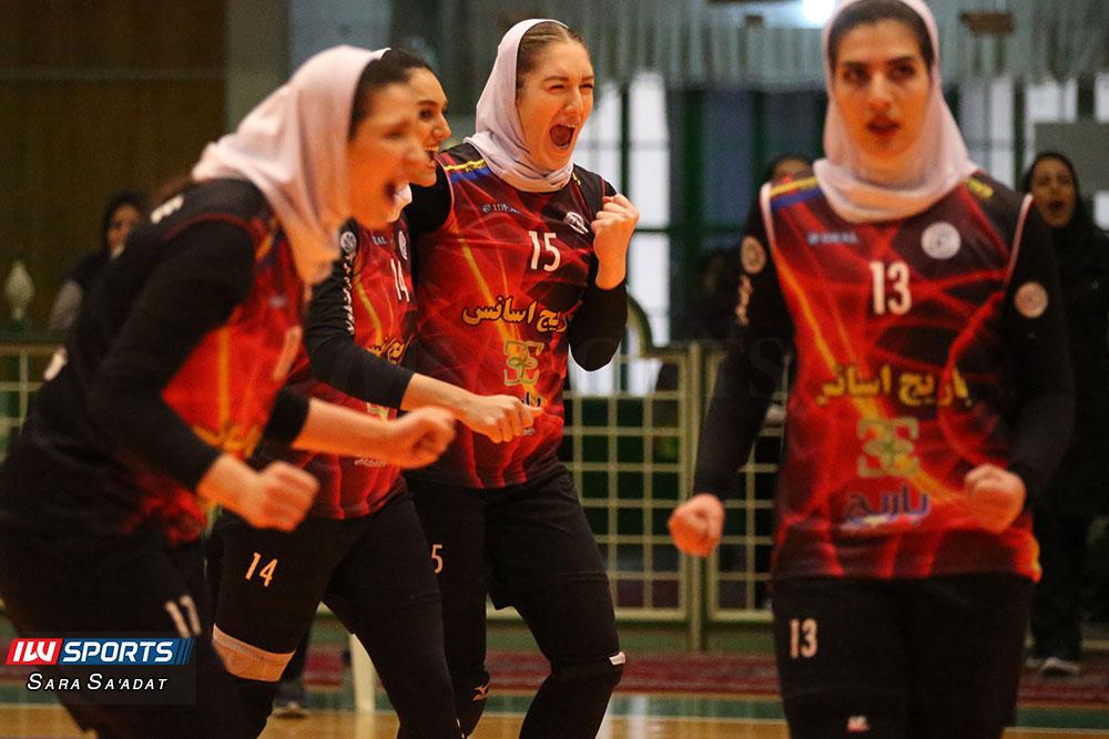 باریج اسانس کاشان و ذوب آهن اصفهان لیگ برتر والیبال بانوان 21 گزارش تصویری | دیدار باریج اسانس کاشان و ذوب آهن در لیگ برتر والیبال بانوان
