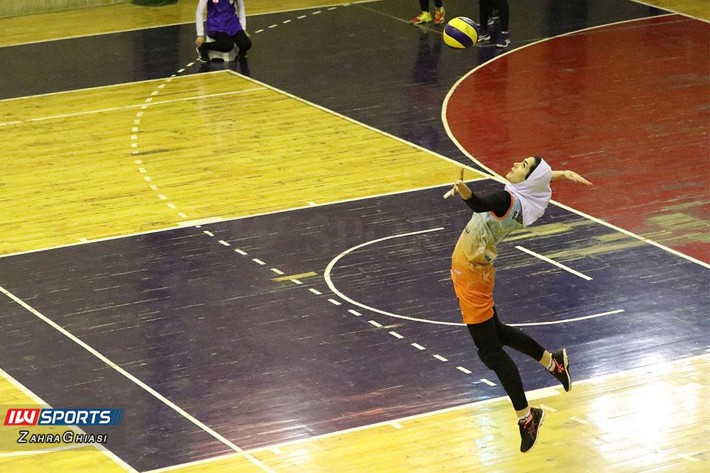 ذوب آهن اصفهان و سایپا لیگ برتر والیبال بانوان 87 گزارش تصویری | دیدار ذوب آهن و سایپا در لیگ برتر والیبال بانوان