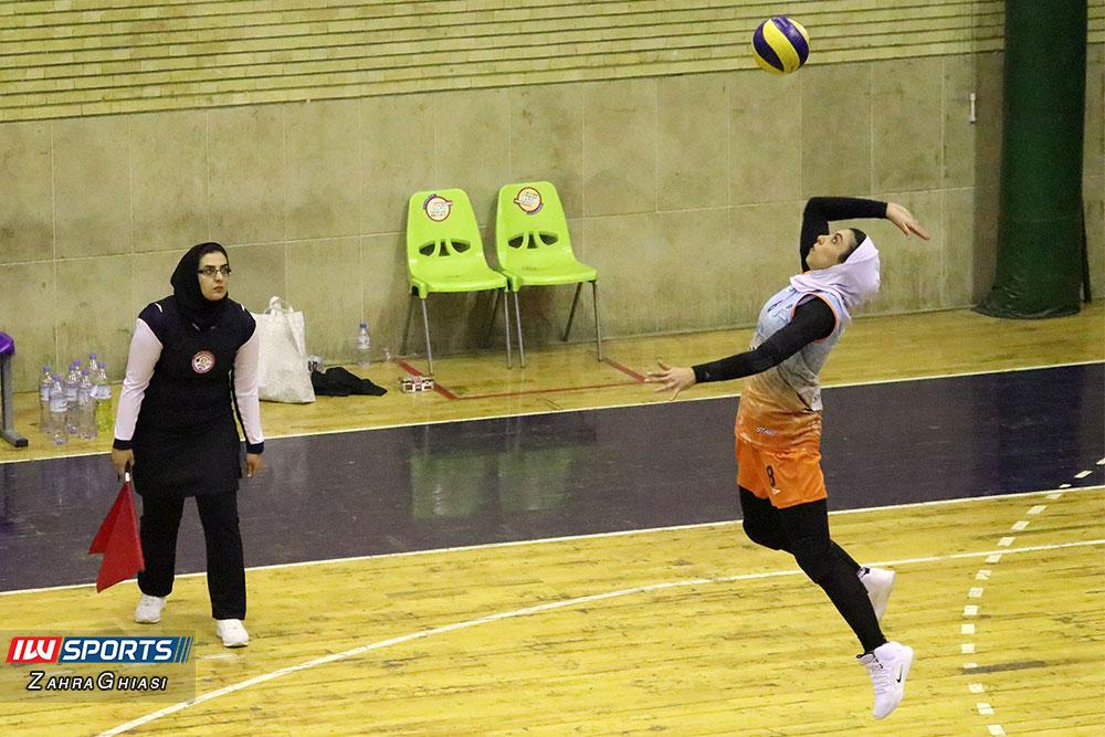 ذوب آهن اصفهان و سایپا لیگ برتر والیبال بانوان 89 گزارش تصویری | دیدار ذوب آهن و سایپا در لیگ برتر والیبال بانوان