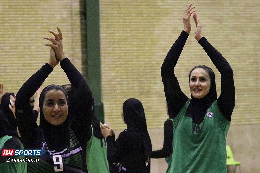 ذوب آهن اصفهان و سایپا لیگ برتر والیبال بانوان 94 گزارش تصویری | دیدار ذوب آهن و سایپا در لیگ برتر والیبال بانوان