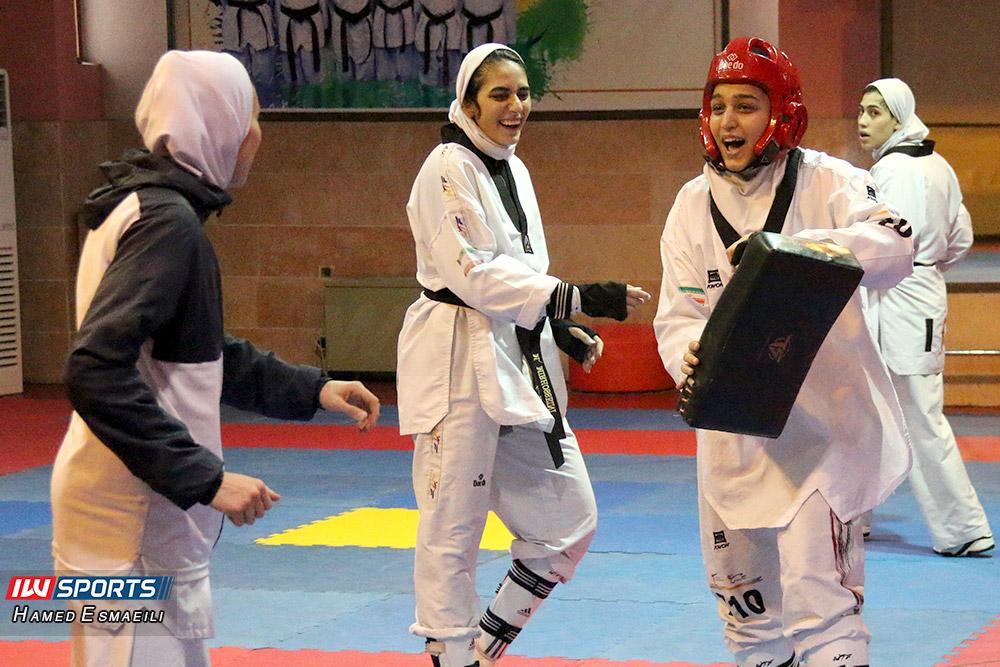 زهرا پور اسماعیل و ملیکا میرحسینی در تمرین تیم ملی تکواندو بانوان